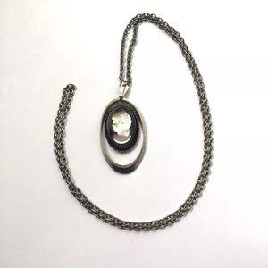 Vintage cameo pendant necklace black translucent